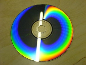 320px-Rainbow_on_CD-ROM